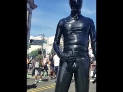 Cumming in public in full latex at Folsom Street Fair