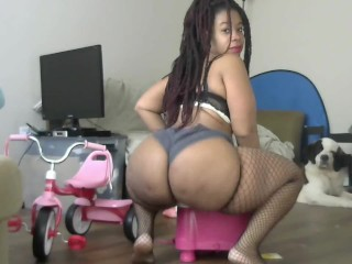 NEW MILF Black Woman Cleaning House Dimple Fat Ass Ebony BBW - Cami Creams