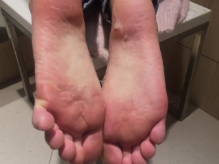 Public Footjob And Handjob In A Dressing Room. Cum On Soles And Toes