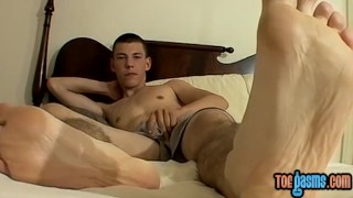 Skinny Cooper Reaves shows off feet while stroking solo Hunk deep