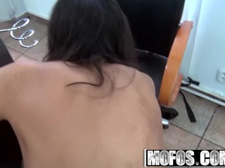 Mofos - Hair Salon Pickup, Samante, gets fucked POV