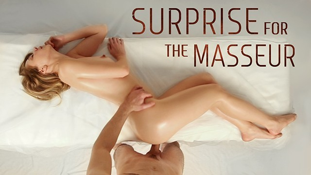 Georgous round ass - Naughty babe with a surprise inside her gets satisfied by a masseur