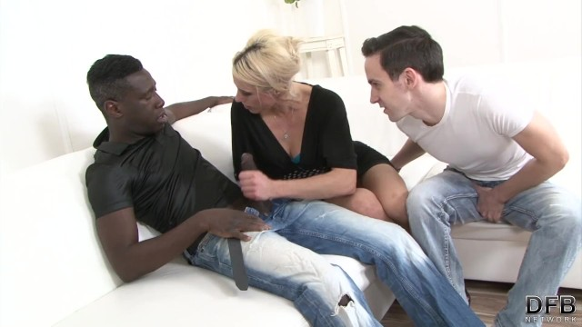 Porn sharing network Mature wife fucks with a black man to fuck her hardcore with his black cock