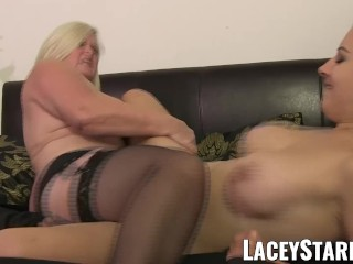 LACEYSTARR – Doctor GILF heals patient with lesbian orgasm