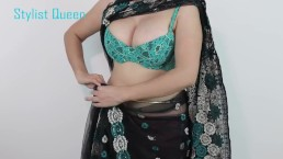 Slim Girls Wearing Sari And She Showing Her Nice Boobs Cleavage