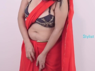 Hot Sexy Girls Showing - How To Wear Saree And Make Huge Cleavage