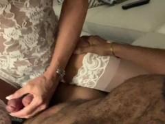 Handsome stranger brings Glamgurlxoxo to orgasm