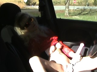 Public Masturbation in Parked Car