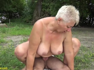 Naked outdoor milf