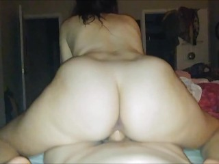 Amateur Babe Showers And Pov With Creampie...