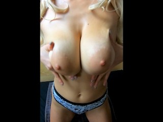 Best adult xxx videos il surprend sa cousine et la baise dans les toilettes rough big boobs