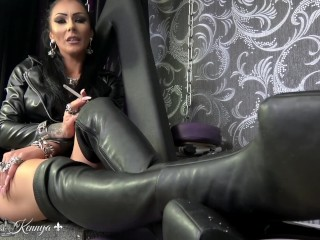 Mistress Kennya: Smoking, ash and boots preview