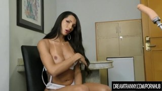 By horny has ass transsexual roberta reamed her dildo cortes machine a fapping tgirl