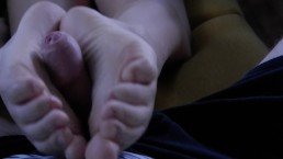Sexy Teen Footjob cum on soles TEASER full vid only $4 in profile