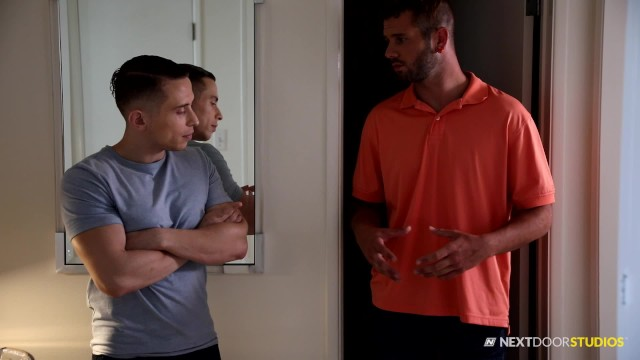Gay men fucking raw Nextdoorstudios straight divorcee raw fucks muscle hunk neighbor