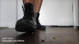 Ms Lanie Love- Giantess Unaware