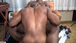 Deangelo Raw Fucking a Cute Bubble Butt Bottom