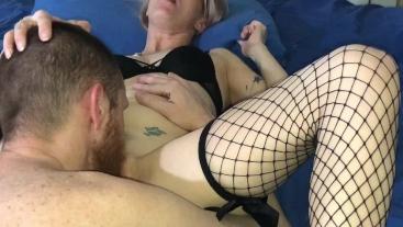 Tattoed Husband Dicks Down Hot Tattoed Wifey With Big Cum Shot!