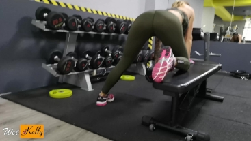 Workout got me horny so i fucked a guy in the gym toilet