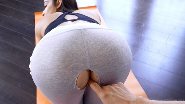 Funny adult gag Stepsiblingscaught - step sisters ripped yoga pants s8:e5