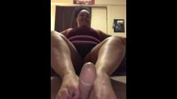 Foot job for dildo