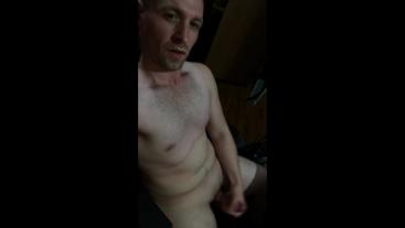 Guy Has Extreme Orgasmic Huge Cumshot