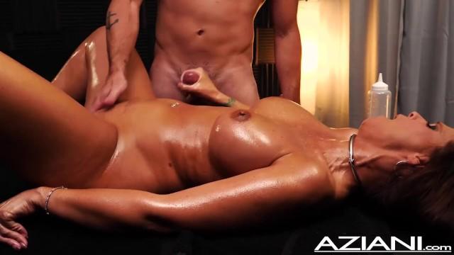jerk-off-massage-naked-withe-girls