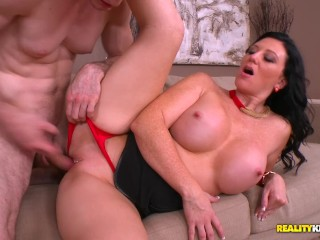 Big breasted girl dancing reality kings brunette milf licious gia gives the repairman a sex break, b