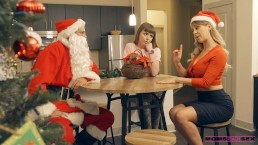 StepMom Cherie DeVille And Teen Alex Blake Fuck Santa Claus S9:E7