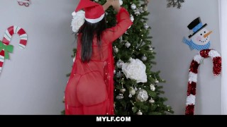 Monroe on extra rose is naughty christmas mylf latina cosplay