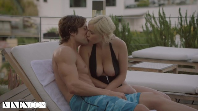 Blonde fucks hot by her sisters man on pool outdoor