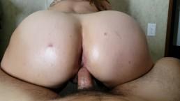 Horny oiled slut takes huge facial