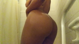JOIN My Mornin Shower! I Love Playin W/ My FAT Little PUSSY & FAT ASS