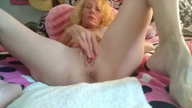 Big long huge clits Big clits tiny tits hot pink blonde huge lips pussy squirting orgasms
