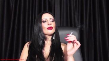 Mistress Ezada smoking... hot!