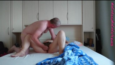 Sexy MILF im Ouvert Slip