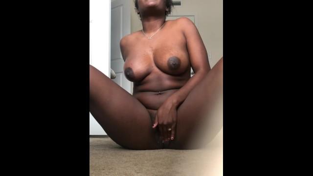 Ebony Women Eating Pussy