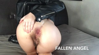 HORNY EAGERLY FUCKS HER HAIRY ASS WITH HUGE BBC