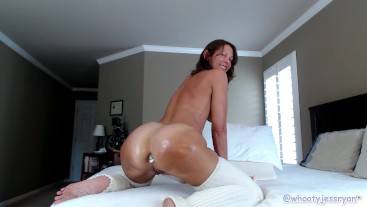Milf Jess Ryan Ass To Mouth Oiled Anal Play Butt Plug 15th