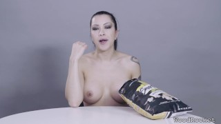Porn Stars Eating: Cassandra Cain Crunches Popcorn Hairy pussy