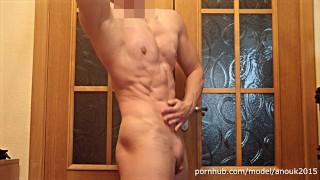 Serie porno - Big clit Six Pack Strappato In Posa E Flettendo Muscle Girl Anouk