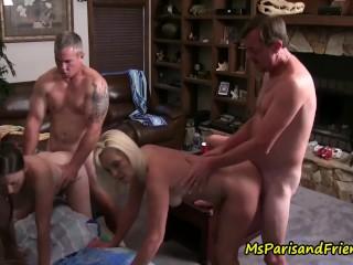 Sexy antrekk nakne danske damer