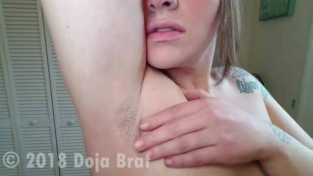 Shaved male pits - Brunette with green eyes shaves armpits