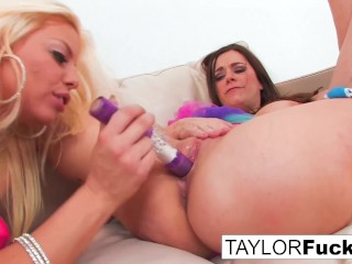 Taylor Vixen And Britney Amber Play With Each Other