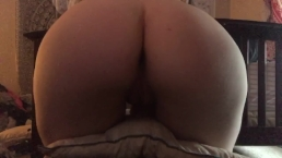 Bouncing my bare ass and pussy