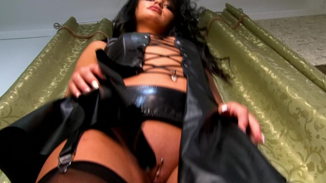 Round ass sfuck Thick pussy lips piercings, round sexy ass brunettte leather dress 1 cam