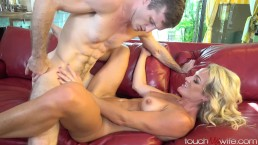 Hot Fit Wife Fucks My Boss