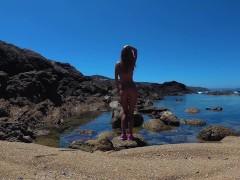 TRAVEL NUDE – Young Nudist girl on the wild coast Ocean / Sasha Bikeyeva