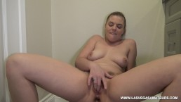 4K/ Sexy PAWG Kendra Lynn Fingers Pussy After Sticking A Butt Plug In Ass!