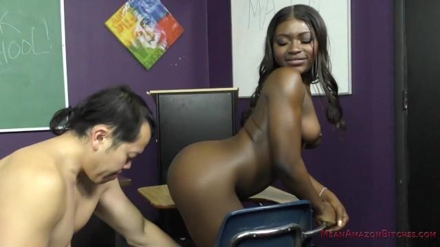Ebony Student Blackmails Her Teacher – Noemie Bilas – Femdom